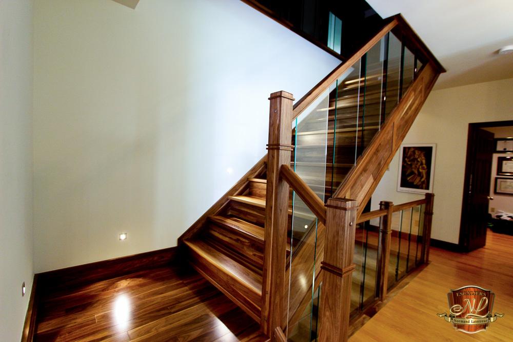 Collection pur escaliers normand laterreur for Profondeur marche escalier standard