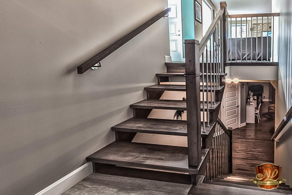 Réalisation d\'escaliers sur mesure à Québec